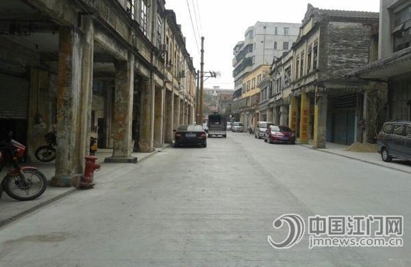 江门日报讯(记者/黄宇舰)市民李先生住在开平市新