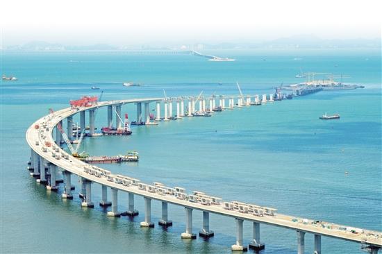 建设中的港珠澳大桥(2017年5月12日摄)。