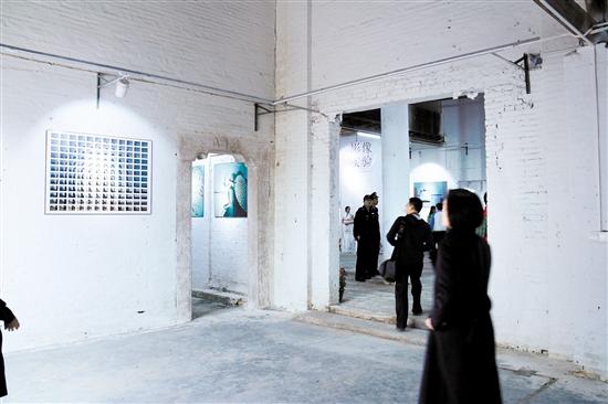 """水乡旧建筑装上了""""艺术心脏""""改造成为""""艺术空间"""",让村民家门口享""""文艺大餐"""" 中国财经界 www.qbjrxs.com"""