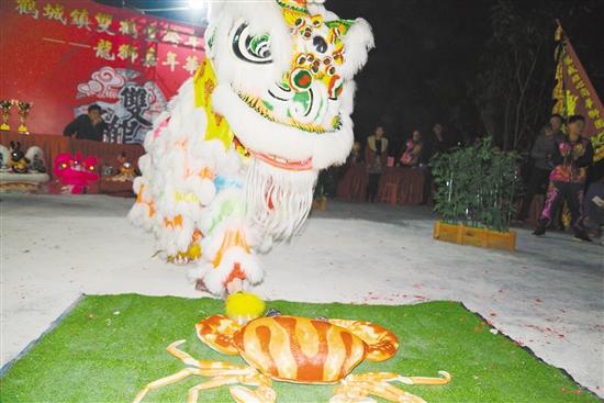 很多村小组都成立了自己的舞狮队,有的还在鹤山市内外比赛中获奖.