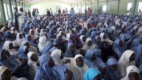 """尼日利亚:""""博科圣地""""袭击一所女校 50多名女学生失踪"""
