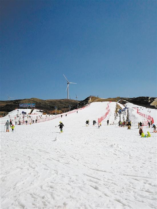 雪景素描雪是冬天不得不提的话题.运动更是冬天里一项刺激的滑雪.头发步骤银色图片
