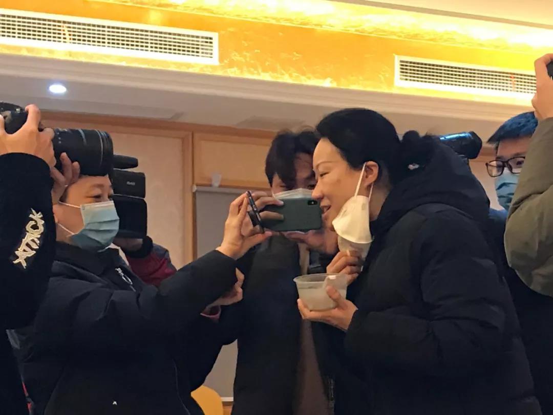 江门新闻网.江90后爸爸白血病 门综门户