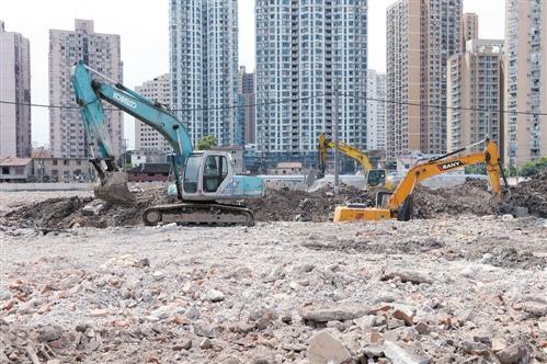 """土地市场""""逆势""""升温 12城卖地金额超300亿"""