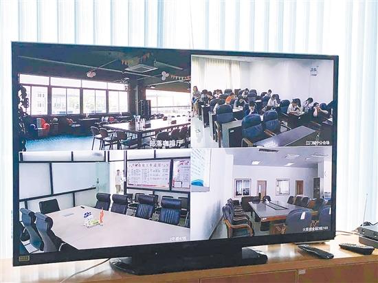 通过千兆宽带,企业可以通过高清视频会议进行面对面沟通。